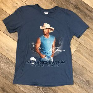 Kenny Chesney No Shoes Nation Tour 2013 T-shirt